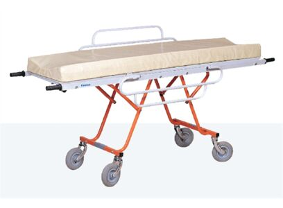 FIELD STRETCHER WITH AIR BLOWN TYRES